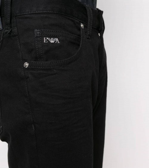 Emporio Armani Jeans J10 Negro detalle