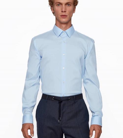 Hugo Boss Camisa Slim Popelín Celeste modelo