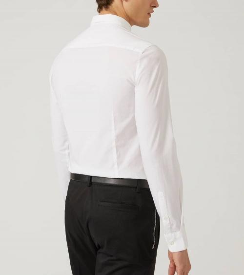 Emporio Armani Camisa Elástica Blanca modelo espalda