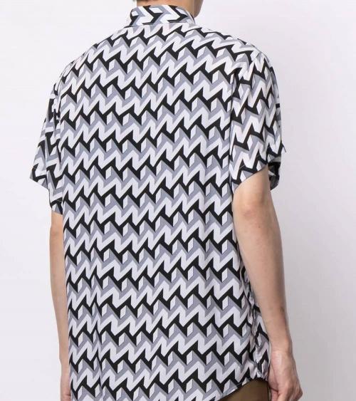 Emporio Armani Camisa Retro Geometric espalda