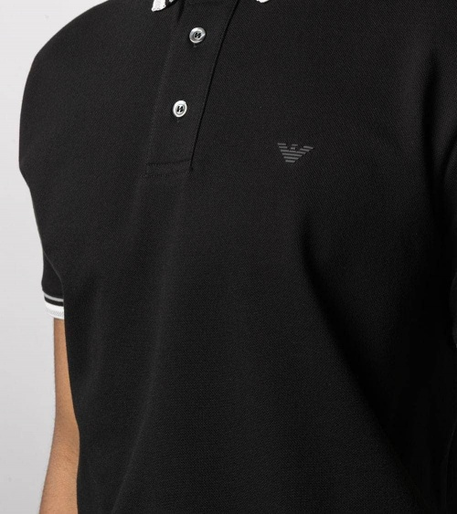 Emporio Armani Polo Negro Cuello Especial detalle