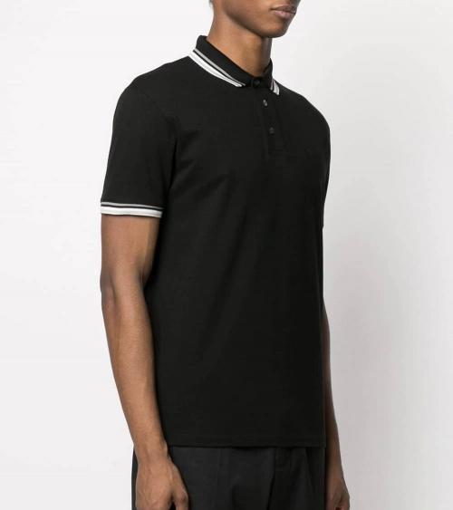 Emporio Armani Polo Negro Cuello Especial modelo