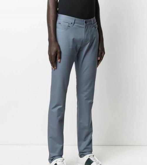 Emporio Armani Pantalón 5 Bolsillos Lavanda modelo