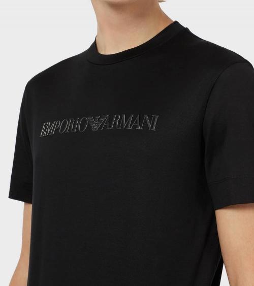 Emporio Armani Camiseta Negra Logo Tono detalle