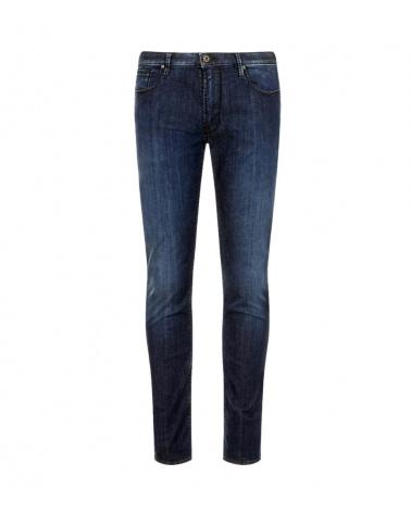 Emporio Armani Jeans Fit J06