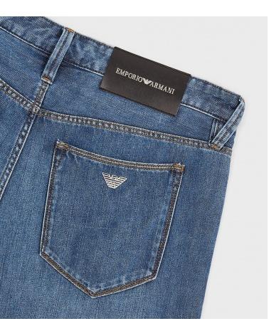 Emporio Armani Jeans J76 detalle