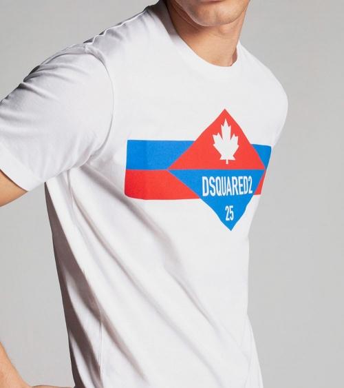 Dsquared2 Camiseta Logo 25 modelo detalle