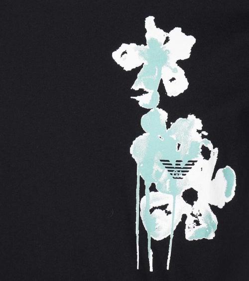 Emporio Armani Camiseta Navy Flower detalle