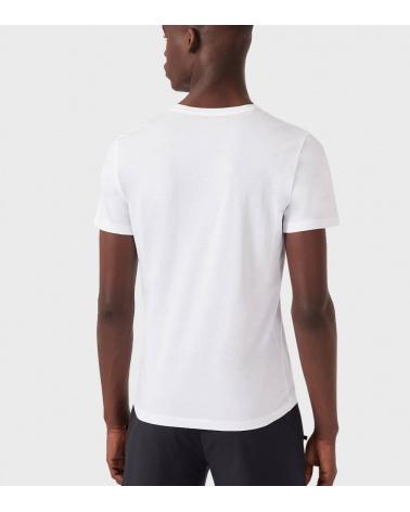 Emporio Armani Camiseta Blanca Flower modelo espalda